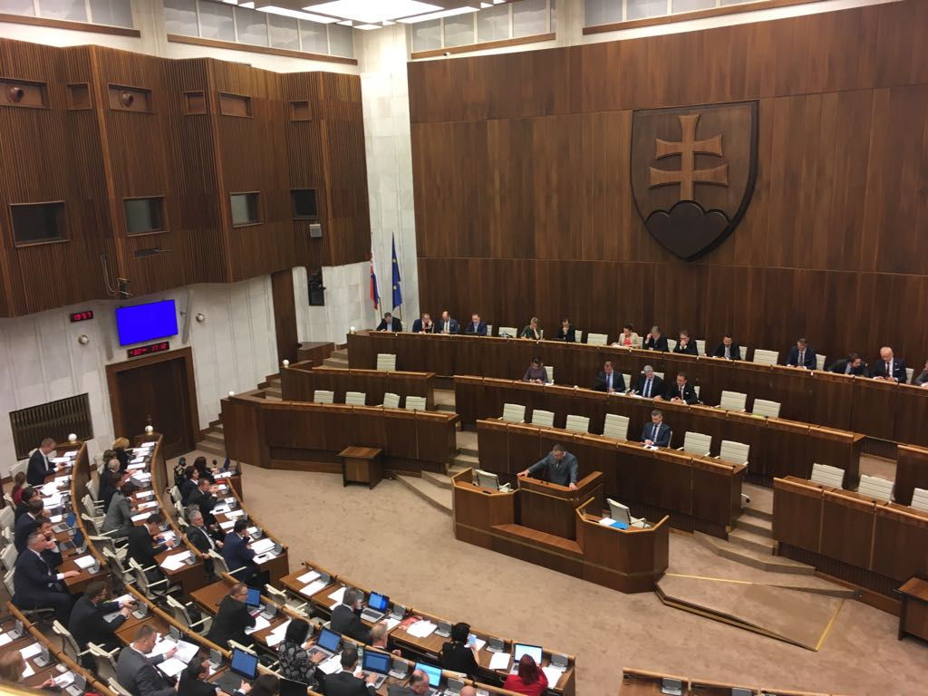 Parlament schválil zákon o kybernetickej bezpečnosti