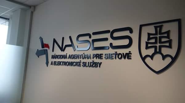 NASES prisľúbil nové e-schránky k 1. júlu 2017