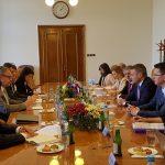 Peter Pellegrini na stretnutí s českým ministrom dopravy Danom Ťokom