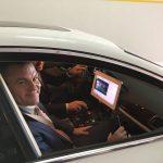 Peter Pellegrini sedí v autonómnom vozidle