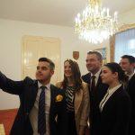 Peter Pellegrini na stretnutí so zástupcami Aliancie stredoškolákov