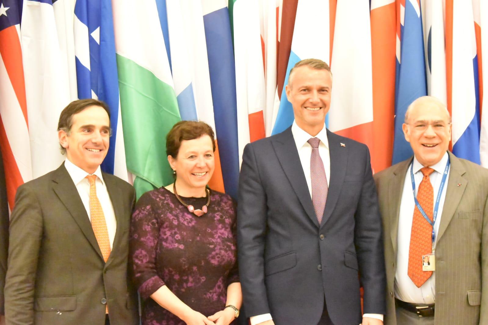 Generálny tajomník OECD sa poďakoval vicepremiérovi Rašimu za prístup Slovenska k Agende 2030