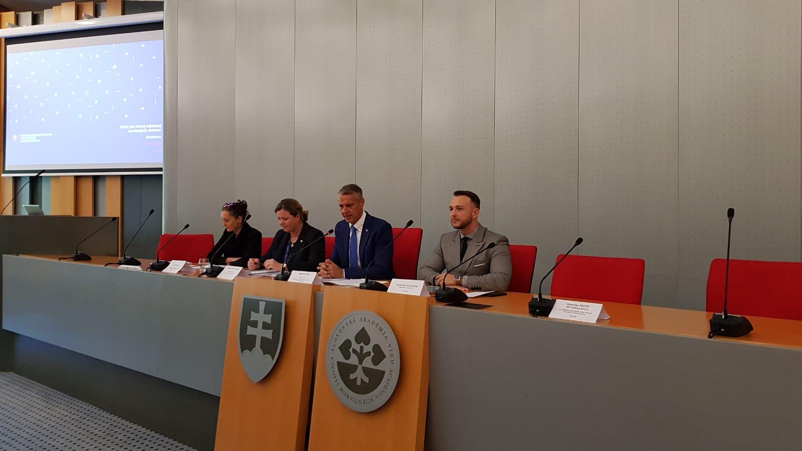 Rada pre najmenej rozvinuté okresy schválila akčné plány okresov Michalovce a Stropkov