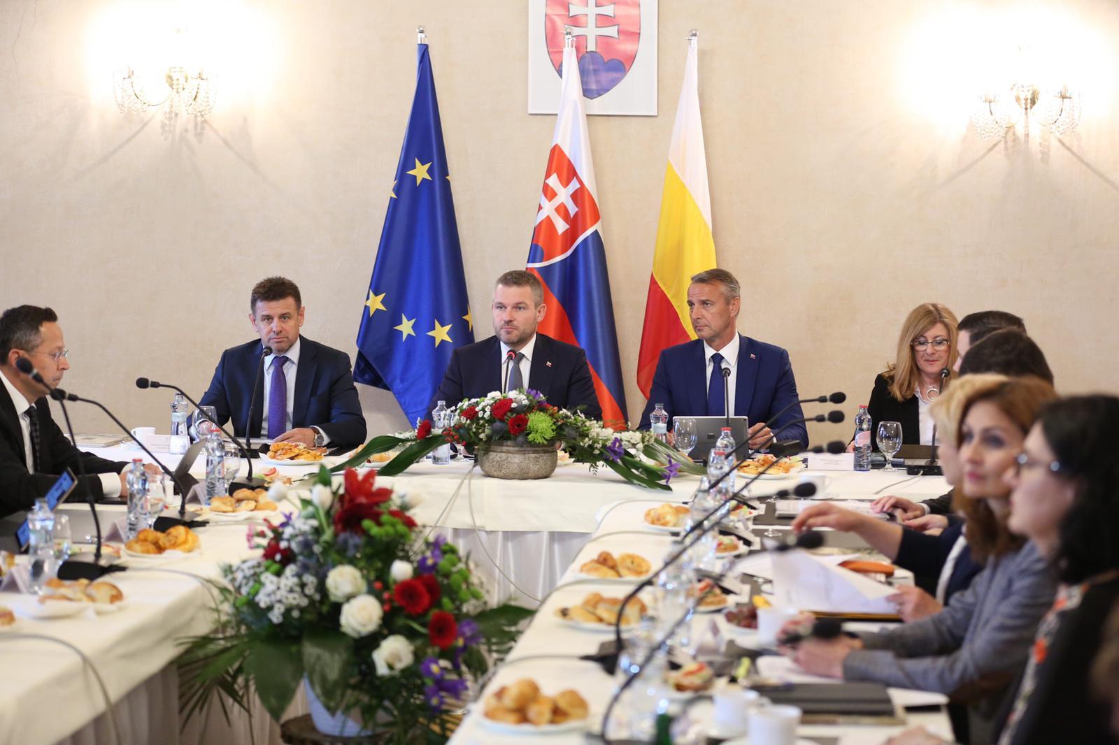 V Hanušovciach rozdelila vláda jeden milión eur, v okrese Trebišov sa podarilo znížiť počet dlhodobo nezamestnaných