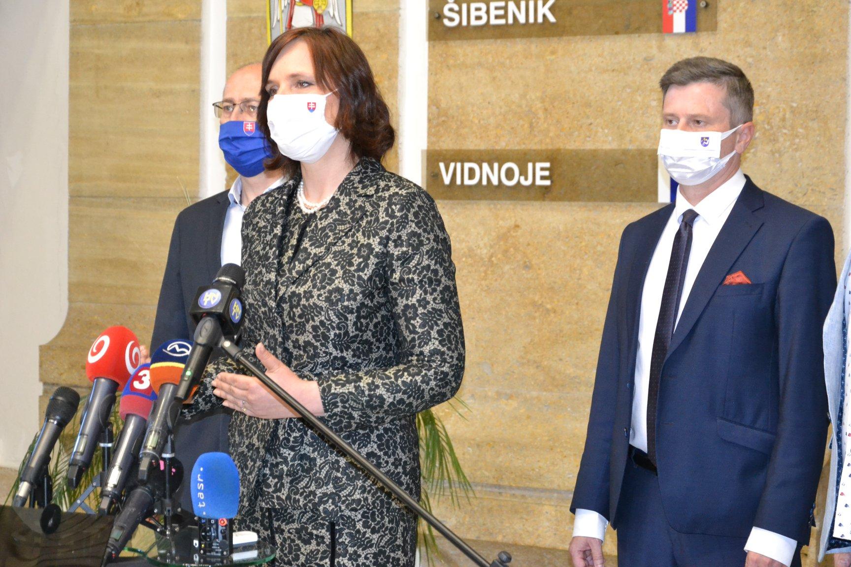 Vicepremiérka Veronika Remišová: Podarilo sa zachrániť 400 pracovných miest v Humennom. Osobitne v čase krízy je pre štát dôležité každé jedno pracovné miesto