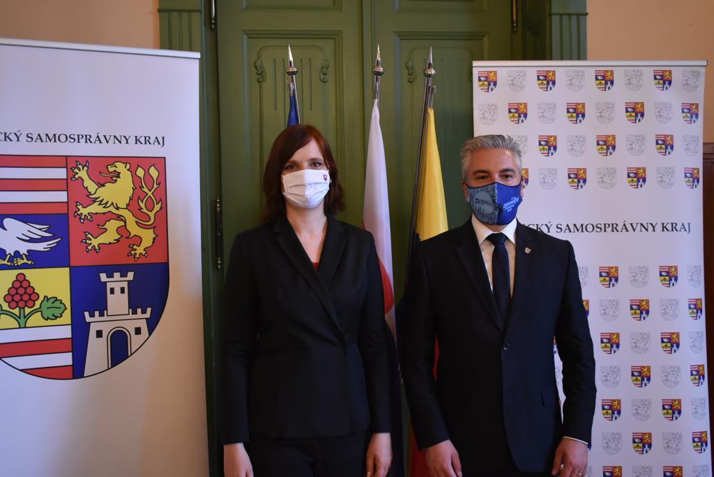 Vicepremiérka Remišová pokračuje vo výjazdoch do regiónov, zavítala do Košického kraja