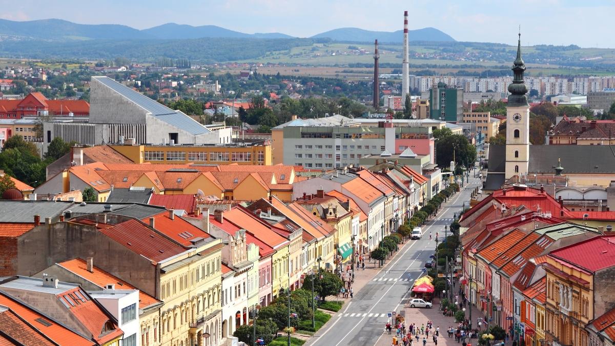 Vicepremiérka Remišová: Na nové trolejbusy  a obnovu tratí v Prešove pôjde 9,6 milióna eur