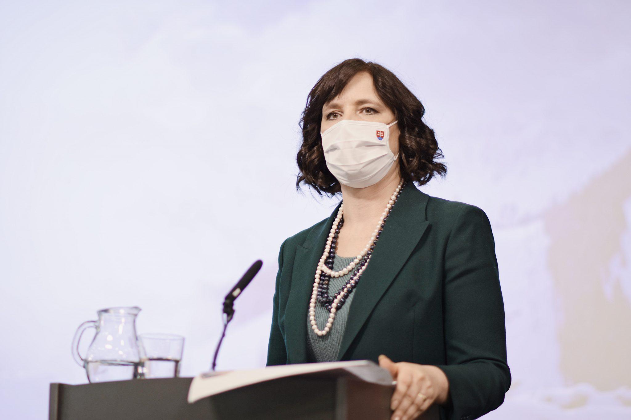 Vicepremiérka Remišová: Novela zákona zruší 19 okruhov potvrdení, ktoré úrady od občanov už nebudú pýtať