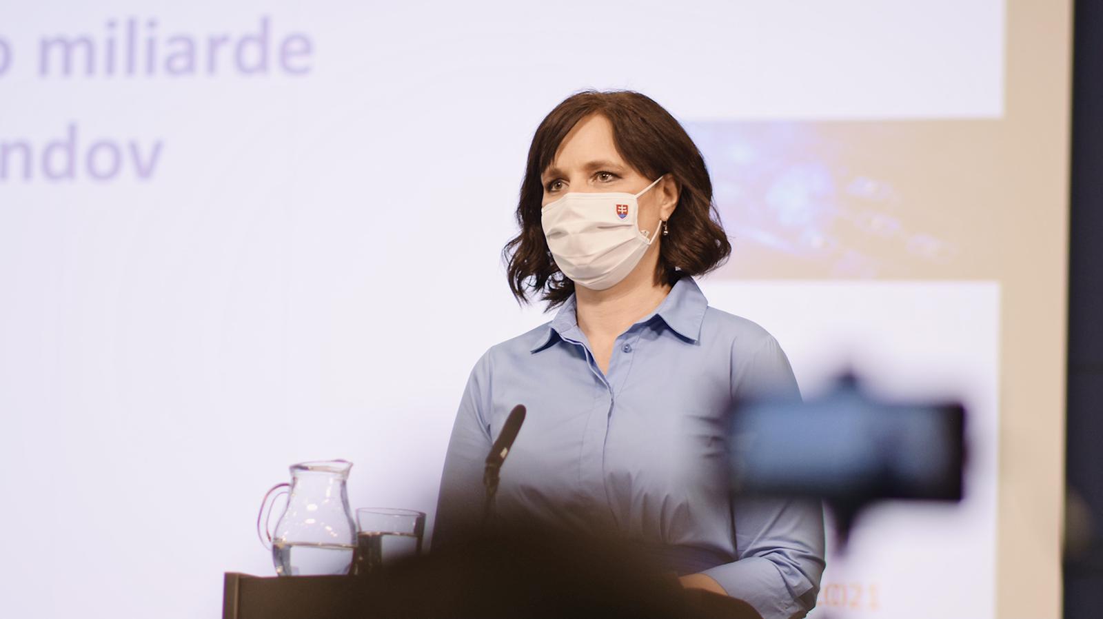 Stanovisko vicepremiérky Veroniky Remišovej k údajne stratenej miliarde z eurofondov: NEPRIŠLI SME ANI O EURO!